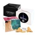 ------- (à partir de) --------  15 boîtes-cadeaux personnalisées contenant 2 FORTUNE COOKIES